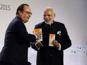 Prime Minister Narendra Modi and  French President Francois Hollande