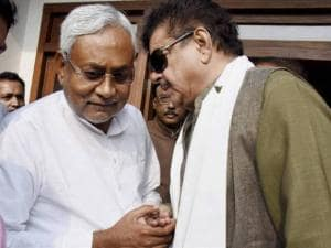 Shatrughan Sinha in conversation with Bihar Chief Minister Nitish Kumar