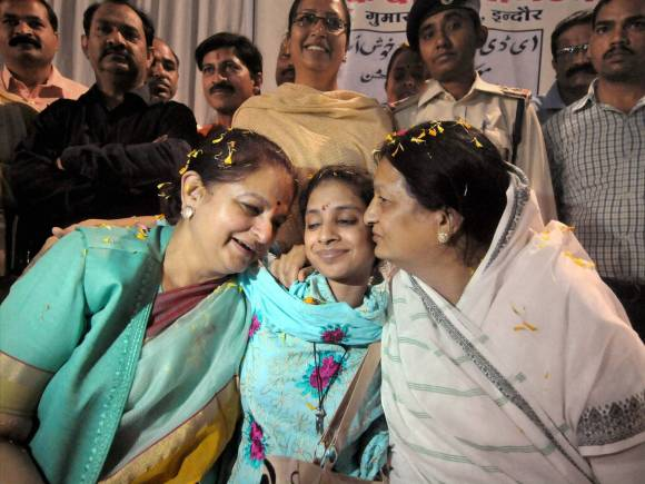 Geeta returns home, Woman lost in Pakistan, Edhi foundation, Geeta Indian woman