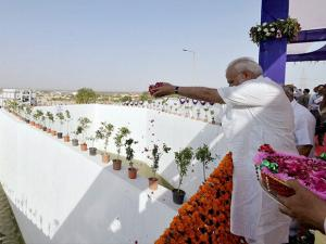 Narendra Modi at the inauguration of pumping station