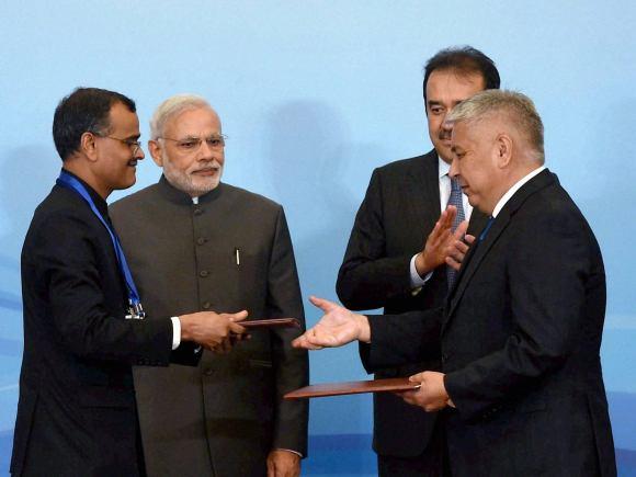 Prime Minister of India, Narendra Modi, Astana, Kazakhstan, Prime Minister of Kazakhstan, Karim Massimov, CEO, Business leaders, Essar Group, GMR, BHEL, NASSCOM, Punjab National Bank, FICCI, Lupin, Punj Llyod, SUN Group