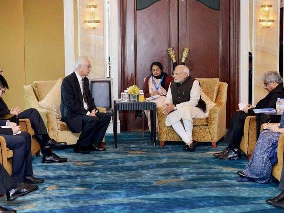 Prime Minister of India, Narendra Modi, PM Modi, Modi, Lee Kuan Yew, Singapore's Prime Minister, Lee Hsien Loong, President of Israel, Reuven Rivlin, Australian Prime Minister, Tony Abbott, Former U.S. President, Bill Clinton