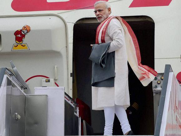 Prime Minister of India, Narendra Modi, India, Uzbekistan, BRICS, SCO Summit, Central Asia, Russia, Uzbekistan Counterpart, Shavkat Mironovich, Tashkent International Airport, Cabinet Colleagues