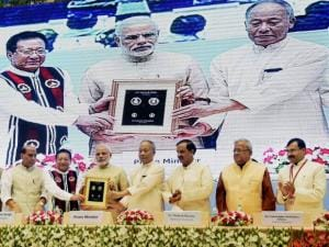 Narendra Modi with Manipur Chief Minister O Ibobi Singh and Nagaland Chief Minister T.R. Zeliang