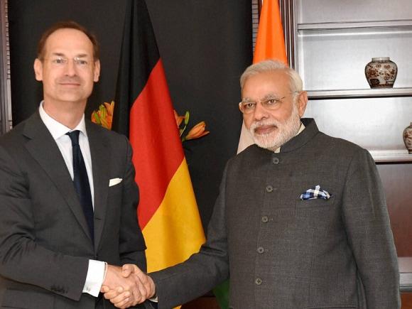 Prime Minister of india, Narendra Modi, Modi, Allianz CEO, Baete, Berlin