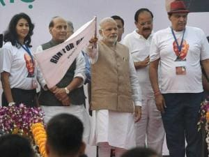 Prime Minister Narendra Modi flagging off the 'Run for Unity'