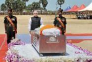 Narendra Modi pays tribute to former President APJ Abdul Kalam