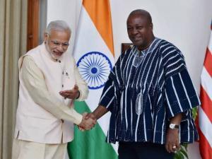 Prime Minister Narendera Modi  shakes hands with Ghana President John Dramani Mahama