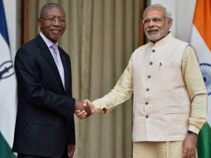 Prime Minister Narendera Modi shakes hands with Lesotho  Prime Minister Bethuel Pakalitha Mosisili at Hyderabad House in New Delhi