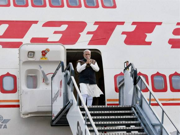 Narendra Modi, Ireland, PM Modi Ireland visit, Modi Ireland visit, PM Enda Kenny, Modi visits Ireland, Modi Ireland historic visit, Narendra Modi Ireland, Narendra Modi ireland tour, Modi US tour, Modi tours