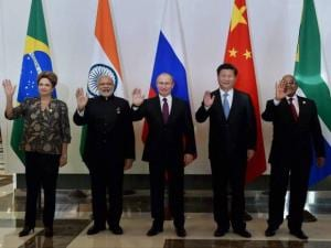 Prime Minister Narendra Modi with Russian President Vladimir Putin, Brazilian President Dilma Rousseff, Chinese President Xi Jinping and South African President Jacob Zuma
