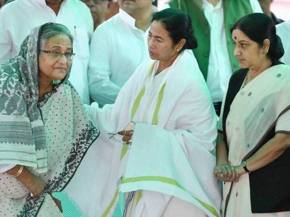Sushma Swaraj, West Bengal CM, Mamata Banerjee, Prime Minister of Bangladesh, Sheikh Hasina, President of India, Pranab Mukherjee, Suvra Mukherjee