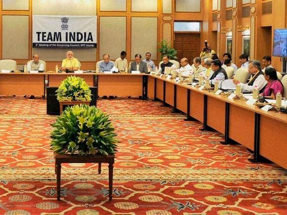 Prime Minister of India, Narendra Modi, Finance Minister of India, Arun Jaitley, Home Minister of India, Rajnath Singh, NITI Aayog, New Delhi