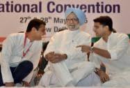 Former Prime Minister Manmohan Singh with Rajasthan Congress chief Sachin Pilot and NSUI President Roji M John