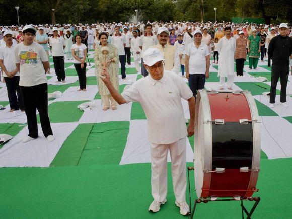 President of India, Pranab Mukherjee, Yoga, World Yoga Day, International Yoga Day