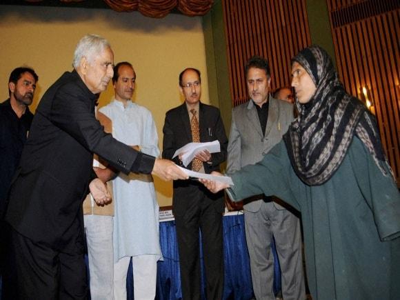 Jammu and Kashmir Chief Minister, Mufti Mohammad Sayeed, Flood, SKICC, Srinagar