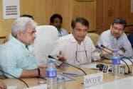 Railway Minister Suresh Prabhu with MOS Railways Manoj Sinha at the launch of the e-samiksha