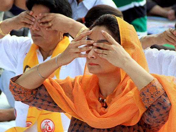 Harsimrat Kaur Badal, yoga day 2017, Yoga Day, Yoga, International Yoga Day 2017, Narendra Modi, Prime Minister