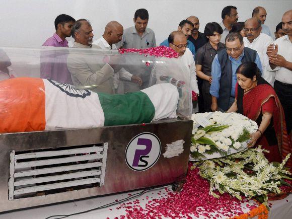 Sushma Swaraj, APJ Abdul Kalam, Abdul Kalam, Missile Man, Shillong, Former President of India, Bharat Ratna, Rajaji Marg, New Delh