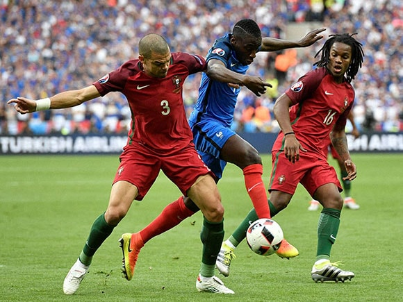 Pepe, Blaise Matuidi, Euro 2016 final, portugal vs france, portugal vs france final