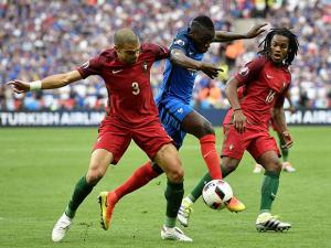 Blaise Matuidi with Pepe during the Euro 2016 final