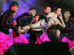 Malaika Arora performs at a programme in New Jersey