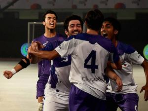 team players celebrating after score a goal against Chennai 5s at the Premier Futsal Football League