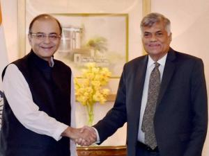 Union Minister for Finance Arun Jaitley greets Sri Lankan Prime Minister Ranil Wickremesinghe
