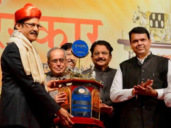 President of India, Pranab Mukherjee, Maharashtra Governor, Rao, Chief Minister of Maharashtra, Devendra Fadnavis, Sharad Pawar, NCP, Pune, Punyabhushan Award, Prataprao Pawar
