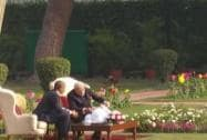 PM Modi and President Obama converse over a cup of tea