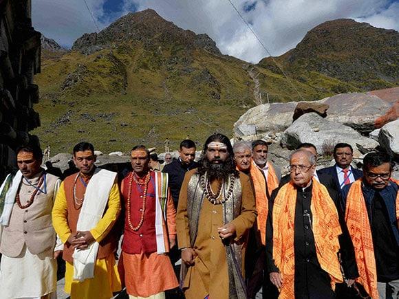 Kedarnath Temple, Pranab Mukherjee, Harish Rawat, President Pranab Mukherjee, KK Paul