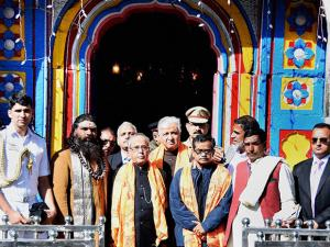 President Pranab Mukherjee with Governor  during a visit to Kedarnath Temple