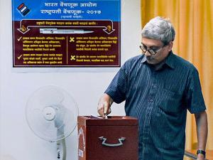 Goa Chief Minister Manohar Parrikar casts his vote for Presidential election 2017.jpg