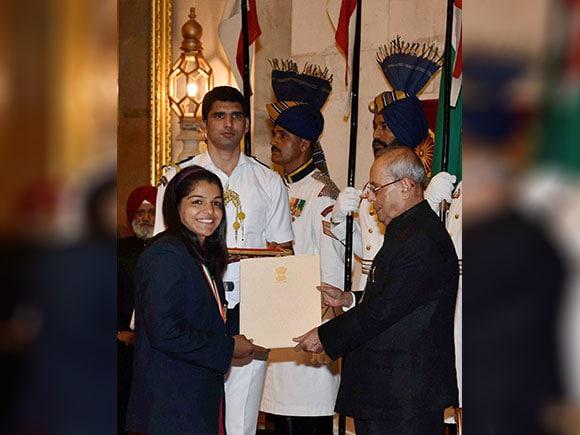 Khel Ratna, lalita babar, PV sindhu, Dipa Karmakar, Sakshi Malik, Pranab Mukherjee, Arjuna Award