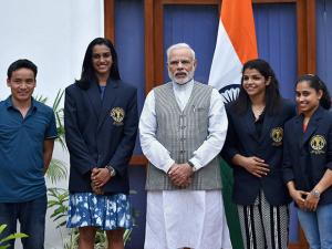 Prime Minister Narendra Modi poses with Olympic Medal Winners, Khel Ratna Awardees in New Delhi