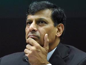 Raghuram Rajan at a press conference after his last monetary policy review