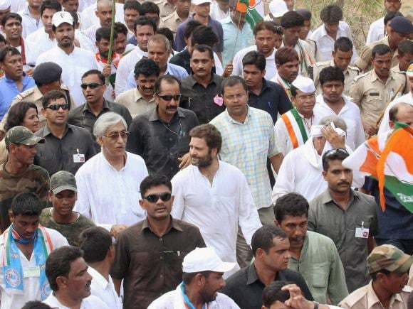 Congress Vice President, Rahul Gandhi, Congress, Chhattisgarh, Power Plants, Chhattisgarh Farmer, Padyatra, Sonia Gandhi, Janjgir-Champa, Korba, Saradih, Biraoni, Kalma, Basantpur