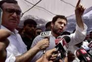 Rahul Gandhi meets MCD workers in New Delhi