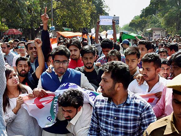 Gurmehar Kaur, Delhi University, ABVP, Ramjas College violence, DU, RSS, Akhil Bharatiya Vidyarti Parishad