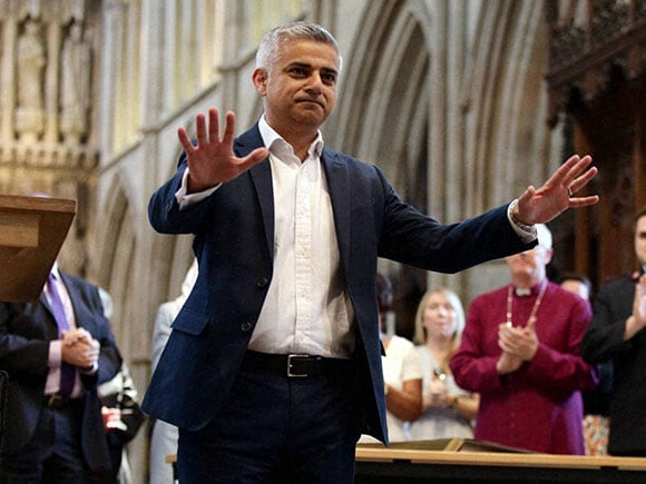 Sadiq Khan, London mayor, sadiq khan family, sadiq khan mayor, london mayor sadiq khan, Zac Goldsmith, mayor of london, sadiq khan london, Southwark Cathedral, Labour Party, Conservative Party candidate, London mayoral elections, City Hall