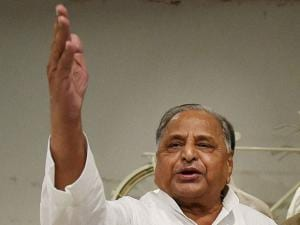 Samajwadi Party Chief Mulayam Singh Yadav addresses the media