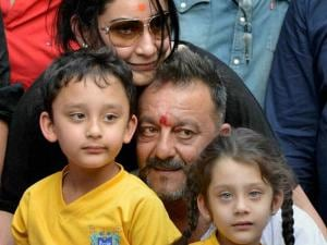 Sanjay Dutt with his wife Manyata and_children Shahran and Iqra in a press conference at his residence in Mumbai