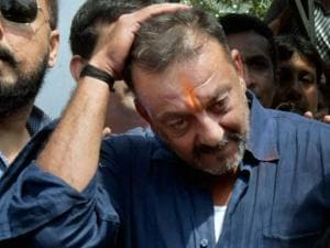 Sanjay Dutt visits his mother Nargis Dutt's grave at Bada Kabristan after his release from Pune