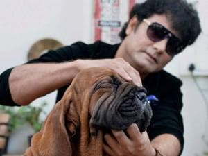 Satish Cadabom with a Korean dosa mastiff puppy which he recently purchased for Rs 1 crore in China