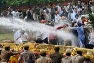 Police use water cannons to disperse Shiromani Akali Dal-Badal activists