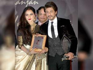 Shahrukh Khan receives Yash Chopra Memorial National Award from actress Rekha in Mumbai