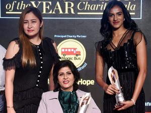 Badminton players P.V.Sindhu and Jwala Gutta  along with Indian Paralympic athlete Deepa Malik