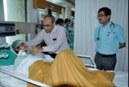 AIIMS doctors inspect one of the victims of Chhattisgarh's Sterlisation tragedy