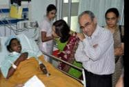 AIIMS doctors inspect one of the victims of Chhattisgarh's Sterlisation tragedy, at a hospital in Bilaspur