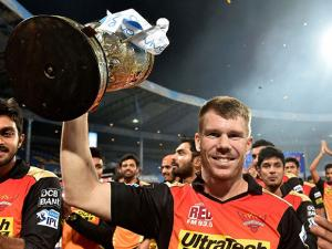 unrisers Hyderabad skipper David Warner  with the winning trophy of IPL 2016 after beating Royal Challengers Bangalore in the final match at Chinnaswamy Stadium in Bengaluru